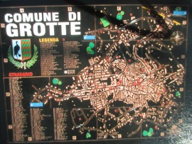 Map of Grotte