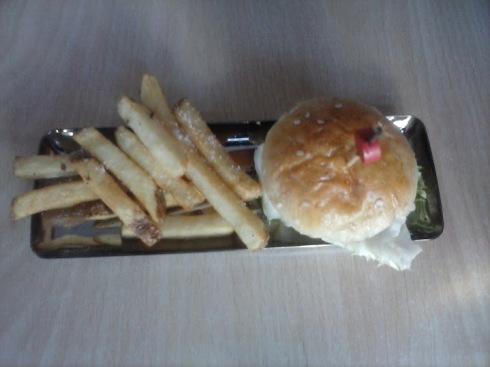 Tan Bé: Acorde al bar será una mini hamburguesa en formatge de cabra i pebrera carmelizada