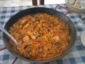 fideuawithrabbitandseafood